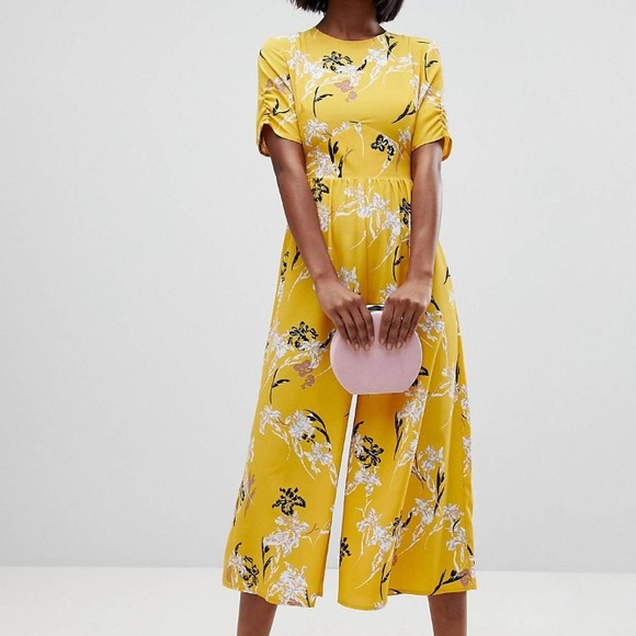 fa1863e9f3a ASOS Tea Jumpsuit w  ruched sleeve in floral print